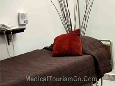 Well-appointed Patient Room - Arcangeles Hospital in Tijuana