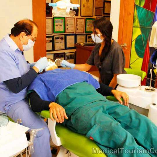RamLanz Clinic - Mexicali - Dental Chair