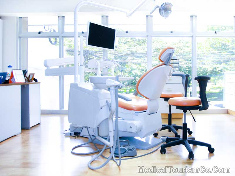 Clinic for All-on-4 Dental Implants - Costa Rica